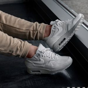 Nike Air Max 1 LX Leather Pure Platinum W AUTHENT